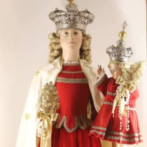 madonna del rosario statua