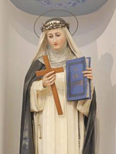 statua di santa caterina vista 2