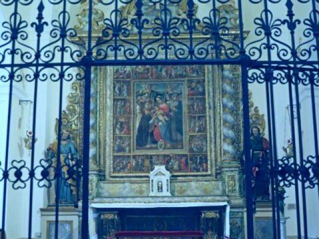 Altari lignei